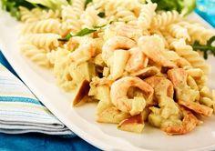 Pastagryta med äpple, räkor och curry