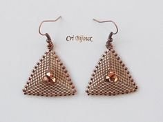 Items similar to Little bronze brown triangle earrings geometric simple vintage and minimalist beaded with crystals, girl woman jewelry gift on Etsy Seed Bead Jewelry, Seed Bead Earrings, Beaded Jewelry, Triangle Earrings, Vintage Earrings, Earrings Handmade, Handmade Jewelry, Vintage Jewelry, Bead Weaving