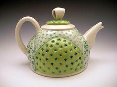sandi pierantozzi - fat bottom teapot / přidala Dagmar Patejdlová