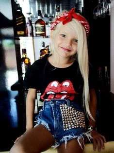 20 Girl Fashion Styles That Will Leave You Speechless - Mommy Gone Viral Fashion Kids, Girl Fashion Style, Baby Girl Fashion, Fashion Styles, Rocker Costume, Rocker Outfit, Rocker Girl, Kids Rockstar Costume, Picture Day Outfits