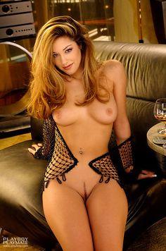 Elaine from seinfeld naked
