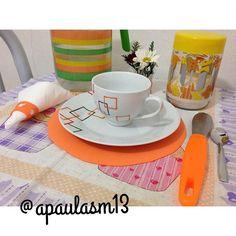 Café divertido #mesahits #semanamesahits_laranja #mesa #mesasimples #tableweare #table #laranja @oxfordporcelanas @mesahits #casa #bomdia #cafe #tablewere #mesacolorida #colortable #decor #diy  Mesa para participar da Semana Hits visite-me no instagram @apaulasm13