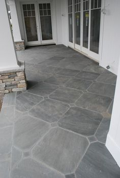 58 ideas stone patio floor front porches for 2019 Porch Tile, Patio Tiles, Porch Flooring, Pavers Patio, Patio Wall, Outdoor Flooring, Backyard Patio, Stone Patio Designs, Paver Designs
