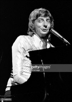 barry manilow getty images | Barry Manilow during Barry Manilow in Concert at the Arista Festival ...
