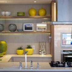 Cocinas de estilo moderno por Carvalho e Patrício Arquitetos