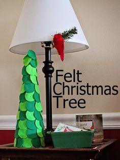 project 12 of 33 : felt christmas tree.