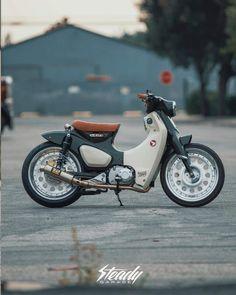 Steady Garage Super Cub - My Ideas & Suggestions Honda Motorbikes, Honda Scooters, Honda Motors, Honda Bikes, Honda Motorcycles, Custom Motorcycles, Custom Bikes, Honda Cub, C90 Honda