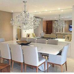 """439 curtidas, 4 comentários - Arquitetura, Decoração, Design (@construindominhacasaclean) no Instagram: """"Sala de jantar clássico moderno  @construindominhacasaclean  #blog #construindominhacasaclean…"""""""