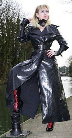 Cheap Black Rain Jacket Women S Refferal: 6093620912 Green Raincoat, Plastic Raincoat, Black Rain Jacket, North Face Rain Jacket, Rain Jacket Women, Long Leather Coat, Outfits, Leather, Feminine Fashion