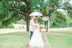 A sunflower spring wedding at CW Hill Country Ranch in Boerne Texas by Allison Jeffers Wedding Photography 0109
