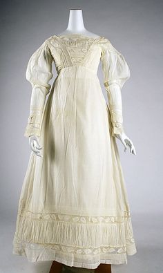 American cotton morning dress ca. 1820