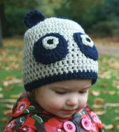 Crochet pattern panda hat includes 5 sizes from newborn to 5 years + sizes (Crochet animal hats Book 1)