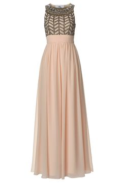 This Grecian style prom dress is so dreamy...