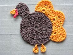 10 FREE Crochet Patterns for Your Thanksgiving Dinner Table: Turkey Coaster FREE Crochet Pattern
