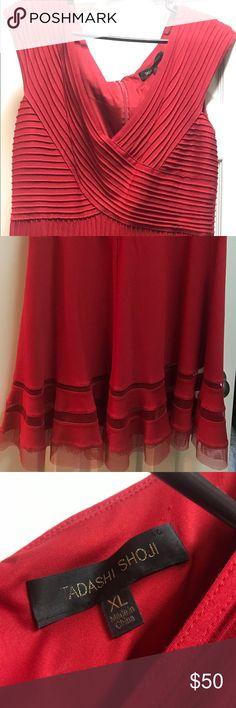 Beautiful Tadashi Shoji dress Only worn once... Beautiful dress make me an offer Tadashi Shoji Dresses