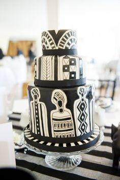 Adding Culture to Your Wedding Cake With Elizabeth's Cake Emporium African Wedding Cakes, African Wedding Theme, Art Deco Cake, Cake Art, Cupcake Birthday Cake, Cupcake Cookies, Beautiful Cakes, Amazing Cakes, African Cake