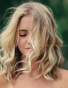 wavy+medium+length+hairstyles,+shoulder+length+hairstyles+-+wavy+LOB+hairstyle