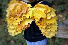 Herbstliche Feenflügel basteln aus Laub