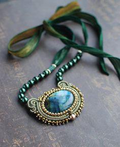 Soutache pendant Green and gold pendant with labradorite