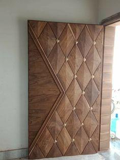House Main Door Design, Single Door Design, Wooden Front Door Design, Home Door Design, Main Entrance Door Design, Door Design Interior, Wooden Front Doors, Modern Wooden Doors, Front Entry