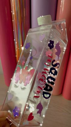 Birthday Candy, Girl Birthday, Diy Craft Projects, Diy Crafts To Sell, Self Defense Keychain, Unicorn Fashion, Unicorn Illustration, Cute Water Bottles, Cup Crafts