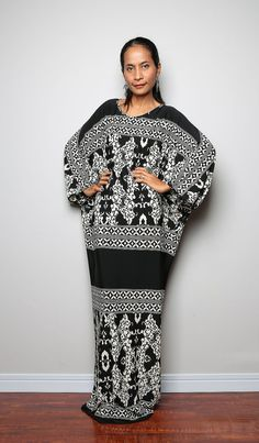 Black and White Dress - Long Batwing Sleeve Styled Maxi Dress : Funky Elegant Collection