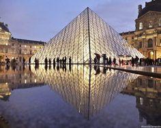 Photo : Paris à travers la symétrie de Joanna Lemanska