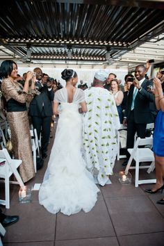 Page 2 « Real Nigerian {Seattle} Wedding: Abiade + Ernie | Munaluchi Bridal Magazine - abiade-nigerian-wedding-munaluchi26