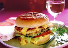 Blumenkohl-Burger mit Currycreme Rezept - ESSEN & TRINKEN