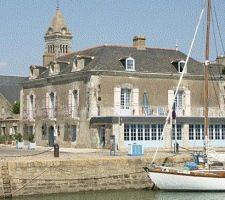 Hôtel d'Elbée ile de noirmoutier Le Village, France, Loire, Island, Architecture, House Styles, Travel, Souvenir, Small Island