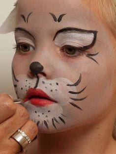 Kinderschminken Katze - Lippen schminken 2