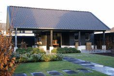 mooi tuinhuis/ garage