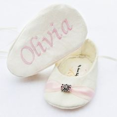 Personalized Baby Shoes Ivory Rose Baby Girl di mysweetbabylove, $36.00