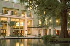 Hotel Contessa Riverwalk Luxury Suites San Antonio A Six Year Old Mediterranean Style Right On The River Walk Beautiful Place To Stay