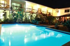 Vaea Hotel Samoa Apia Located at the base of its namesake Mount Vaea, this hotel is 950 metres from Apia's town centre. Vaea Hotel Samoa boasts an on-site bar, an outdoor swimming pool surrounded by lush tropical gardens, and rooms with a balcony.