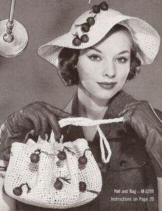 Instant PDF Vintage Pattern Book THIRTY TWO Hats and Bags PATTERNS Hiawatha Hats & Bags By Melina Book No. 115 Patterns for 32 Lovely Hats Purses-Welcome to So Vintage Patterns' vintage Knitting and Crochet pattern section where you will find o Vintage Crochet Patterns, Vintage Knitting, Hat Patterns, Crochet Ideas, 50s Vintage, Vintage Ladies, Vintage Hats, Vintage Style, Pattern Books