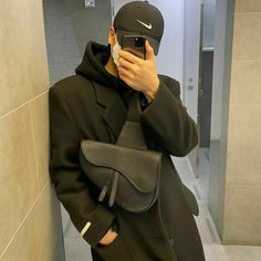 Alcohol Aesthetic, Young Fashion, Aesthetic Fashion, Bad Boys, Ootd, Asian, Guys, Mirror, Stupid