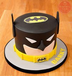 Batman Cake   Flickr - Photo Sharing!
