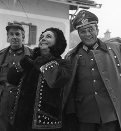 """Elizabeth Taylor visiting husband Richard Burton in England during the making of """"Where Eagles Dare"""""""