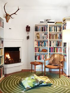 Such a perfect little library