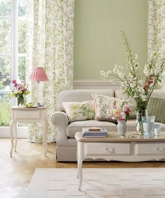Gorgeous English Spring Summer Holiday 2017 From Laura Ashley