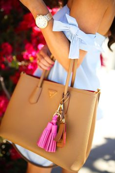 Handbag - Prada tote bag is brown with a pink tassel keychain. Prada Bag, Prada Handbags, Purses And Handbags, Fashion Handbags, Latest Handbags, Fashion Bags, The Sweetest Thing Blog, Moda Chic, Kate Moss