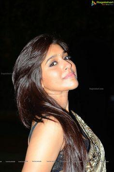 Jabardasth Anchor Rashmi Gautam Photo
