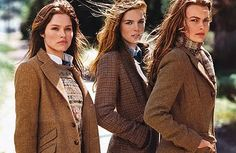 Ladies in Tweed from Ralph Lauren scarfs and sweaters under jackets Preppy Mode, Preppy Style, Estilo Fashion, Look Fashion, Classic Fashion, Classic Style, Ralph Lauren Niños, Ralph Lauren Blazer, Ralph Lauren Clothing