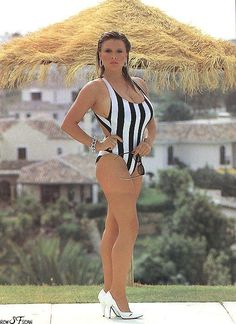Samantha Fox  #Samantha Fox #Summer #80s #Page 3 #Nostalgia