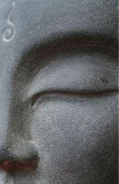 Buddha - Prayer is when you talk to god, meditation is when god talks to you in the middle of every difficulty lies opportunity - A oração é quando você fala com Deus, a meditação é quando Deus fala com você no meio de toda dificuldade reside a oportunidade.