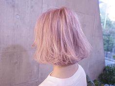 ピンクホワイト⭐️ ✂︎切りっぱなしボブ✂︎ hair by @miyachinoriyoshi #shachu#hair#ヘアカラー
