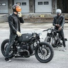 """goldblack83: """"surround yourself with good friends @relicmotorcycles """":"""
