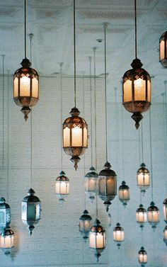 love this look moroccan lamps hanging