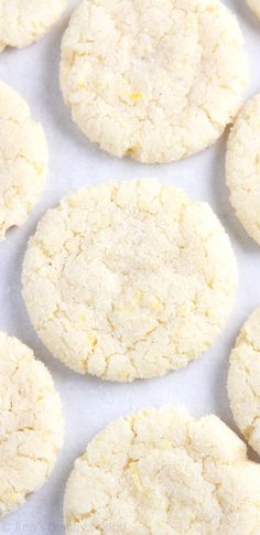 Skinny Lemon Snickerdoodles -- a super easy recipe for chewy, buttery cookies perfect for lemon lovers! Only 97 calories!